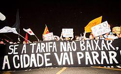 Si le tarif [des transports en commun] ne diminue pas, la ville va s'arrêter. – São Paulo